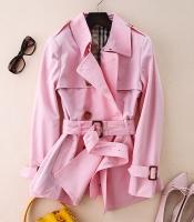 Женское короткое плащ-пальто на поясе